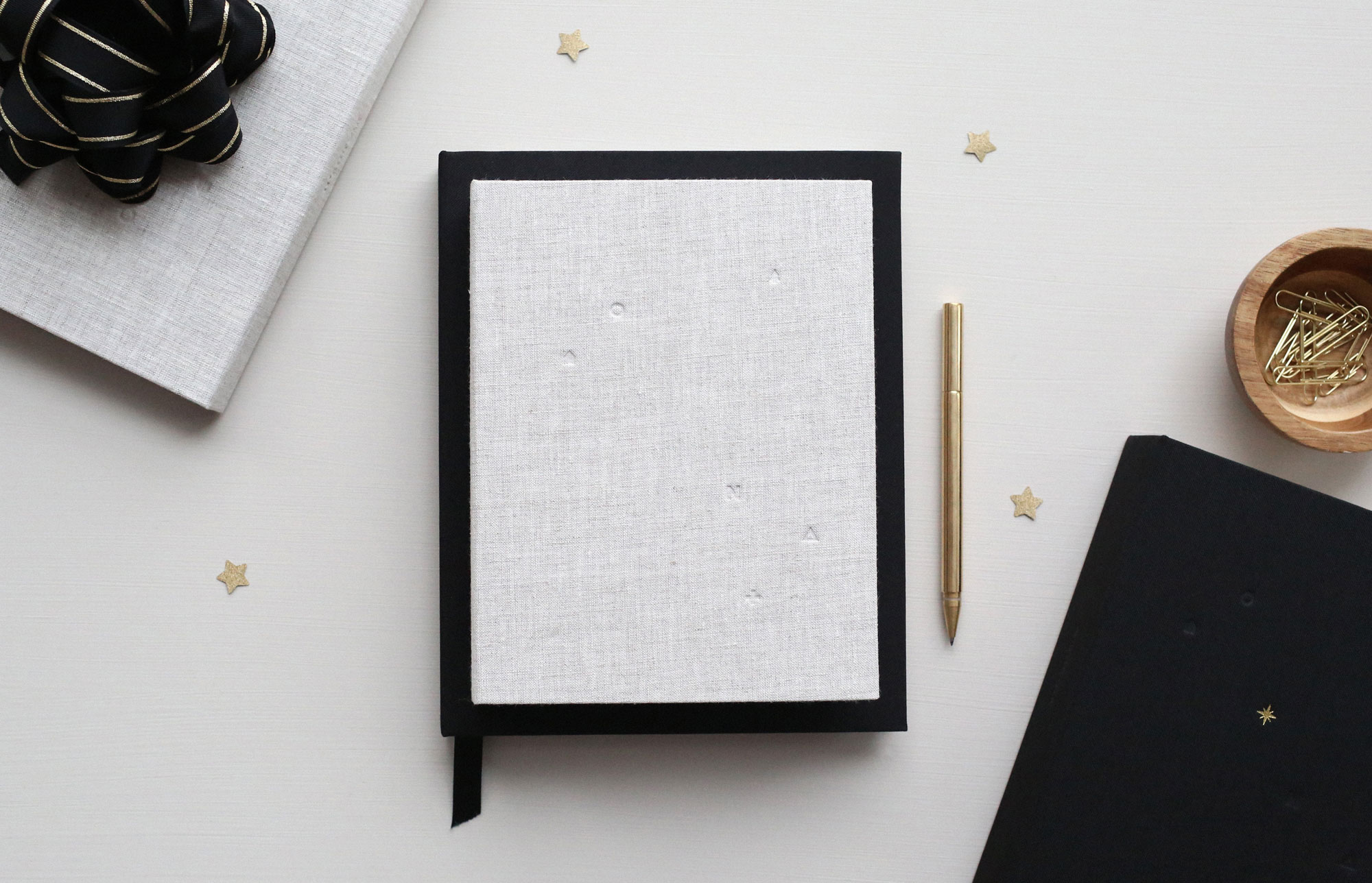 free sketchbook cover mockup